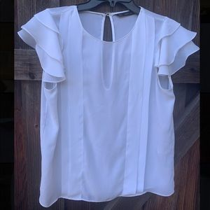 Sara white pleated front and back key hole blouse